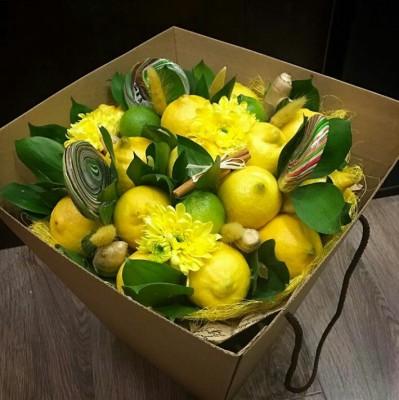 Цветы с фруктами своими руками в коробке 745